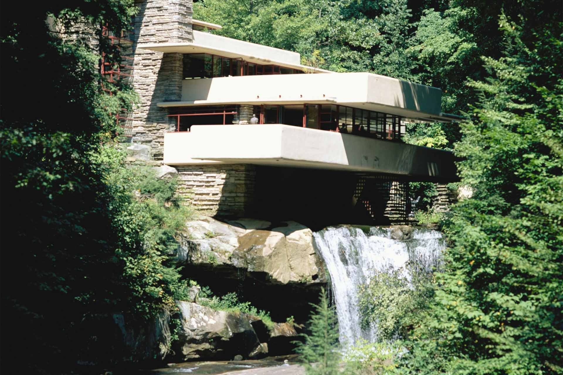 Fallingwater House (Kaufmann House) by architect Frank Lloyd Wright. Pennsylvania. USA