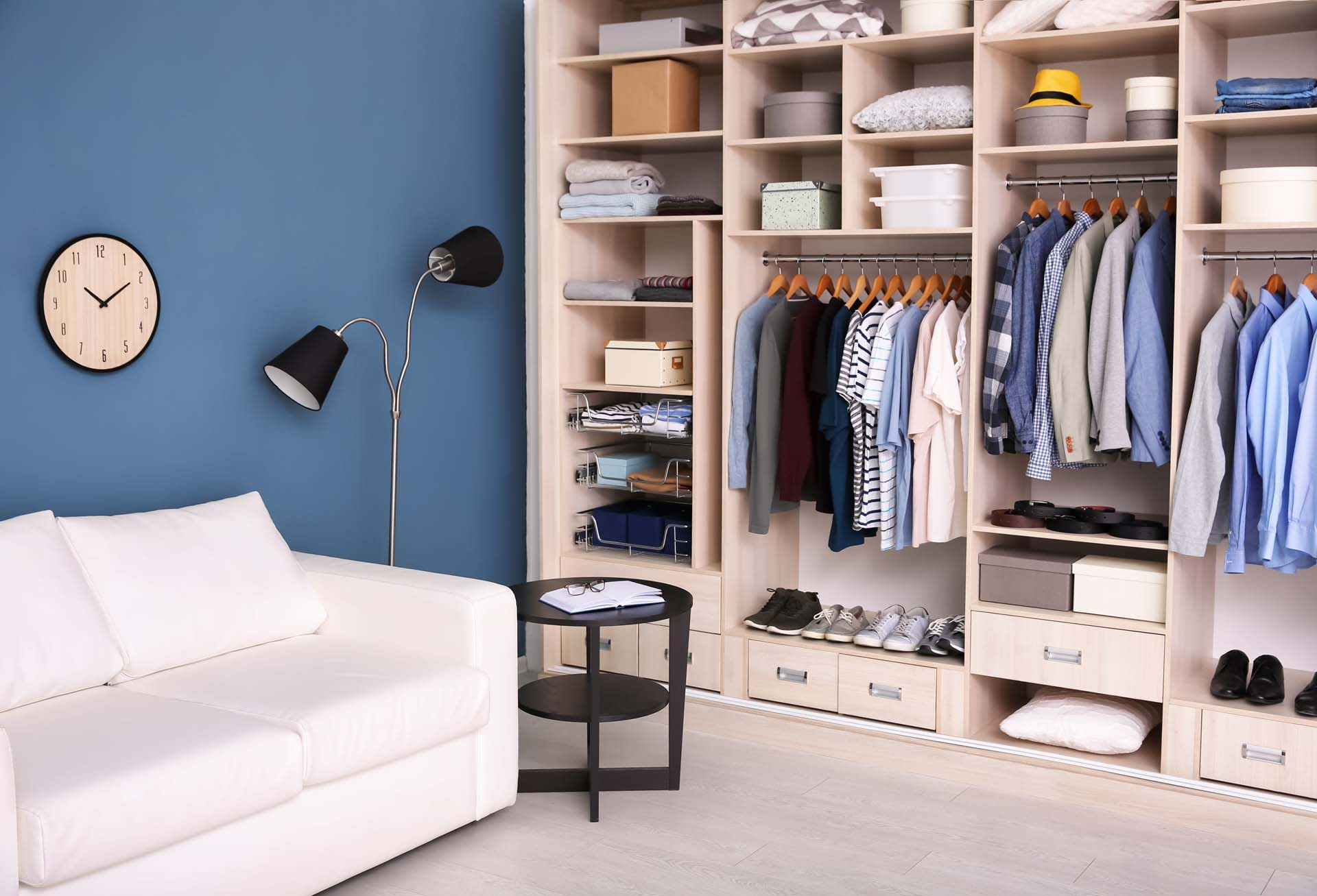 Dressing room interior with big wardrobe; Shutterstock ID 1033476205; PO: 25pack; Job: 20180319K13; Client: tt; Other: aa